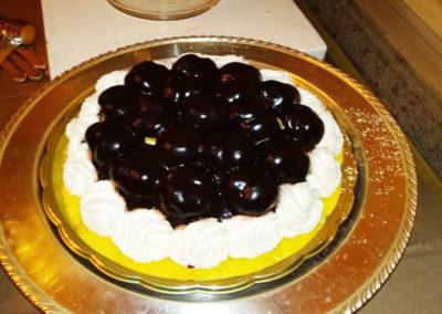 torta profitterol artigianale per catering roma